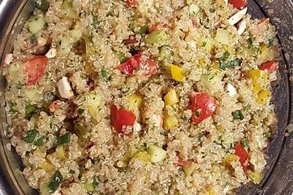 Quinoa Powersalat mit Tomaten und Avocado 49