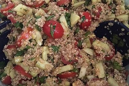 Quinoa Powersalat mit Tomaten und Avocado 50