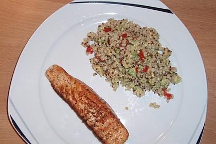 Quinoa Powersalat mit Tomaten und Avocado 26