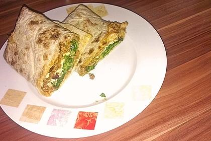 Burrito mit würziger Hack-Feta-Füllung 2