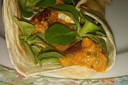 Burrito mit würziger Hack-Feta-Füllung