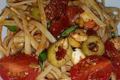 Spaghettisalat mit Pesto und Mozzarella 2