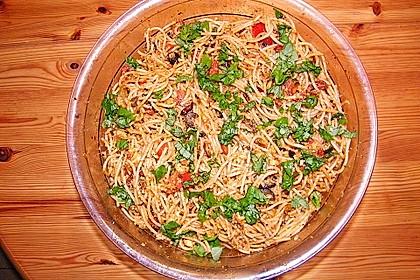 Spaghettisalat mit Pesto und Mozzarella 1