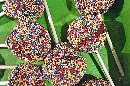 Cake Pops aus dem Cake Pop Maker 23