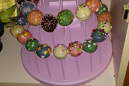 Cake Pops aus dem Cake Pop Maker 10