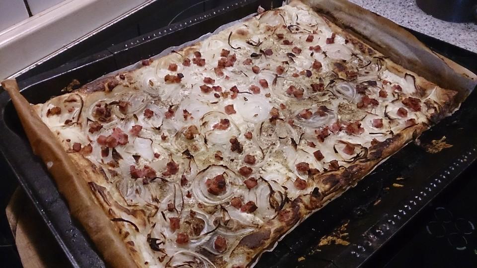 Falscher Elsasser Flammkuchen Mit Blatterteig Von Bigflatsch