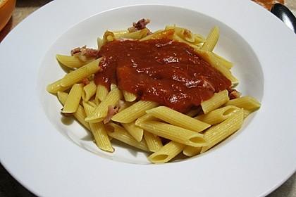 Sahnige Tomatensauce mit Nudeln für den schnellen Hunger 5