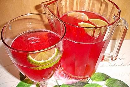 Biercocktail mit Ginger Ale und Grenadine 3