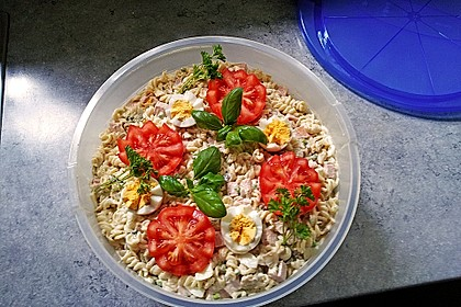 Salzbraten mit Nudelsalat (Bild)
