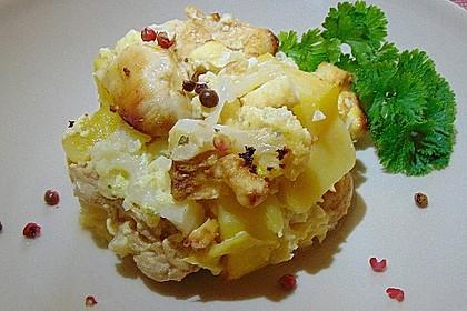 Kartoffel-Blumenkohl-Auflauf mit Feta und Hähnchen