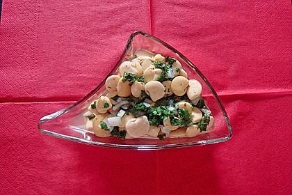 Lupinenkern-Petersilien-Salat