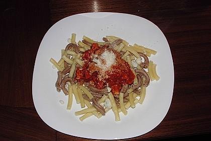 Spaghetti mit Hähnchenbrust und Sambal Manis