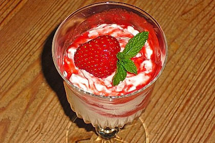 Erdbeercreme mit Kokos 6