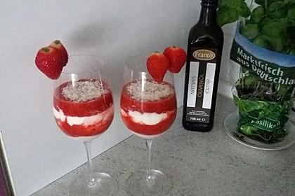 Erdbeercreme mit Kokos 5