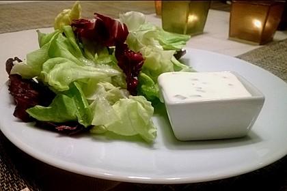 Blattsalat mit Dressing 1