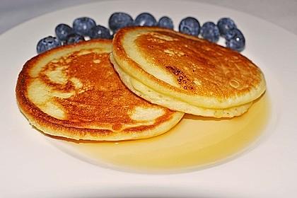 American Blueberry Pancakes 1