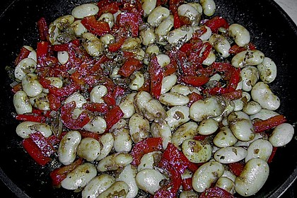 Salat von weißen Bohnen und Paprika 7
