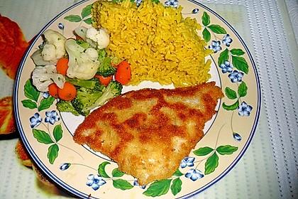 Schollenfilet paniert, mit Curryreis und Kaisergemüse