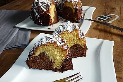 Marmorkuchen mit Schokoladenstückchen