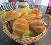 Knusprige Baguettebrötchen (Bild)