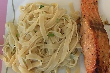 Lachs  in Senfmarinade mit Gemüsenudeln 5
