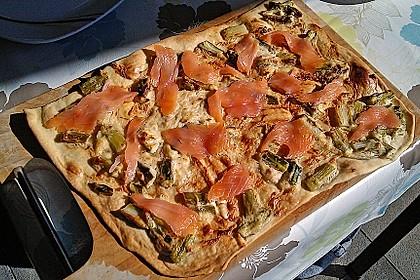 Spargel-Flammkuchen mit Räucherlachs 5