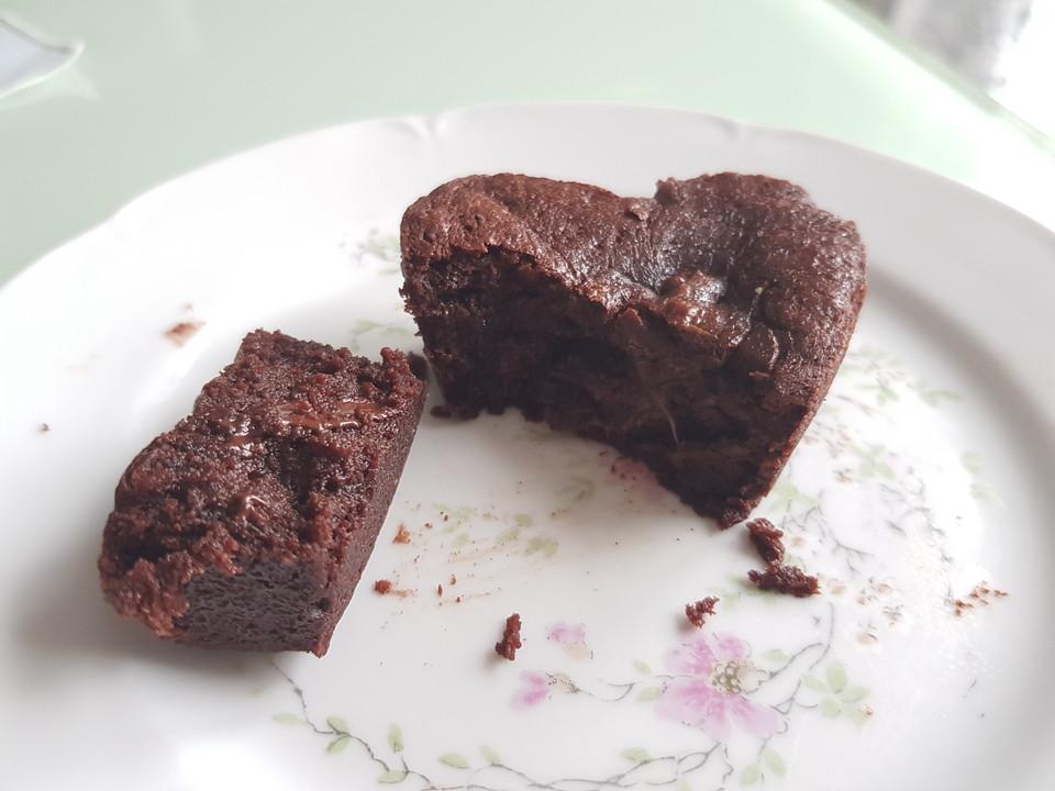 Schokoladenküchlein Mit Flüssigem Kern Von Chefkoch Video Chefkoch