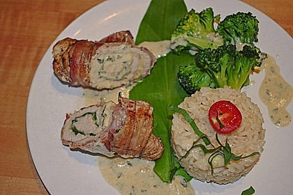 Hähnchenbrust-Bärlauch-Rouladen mit Bacon und Käse 3