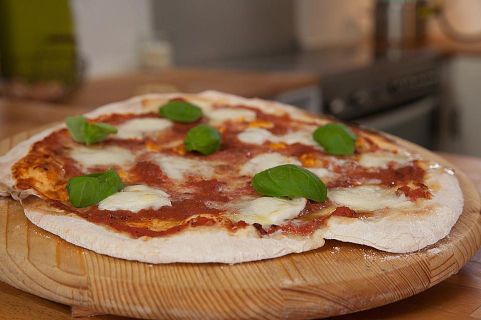 Pizzateig Zum Selbermachen Von Chefkoch Video Chefkochde