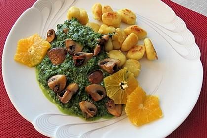 Gnocchi mit Spinat-Orangensauce