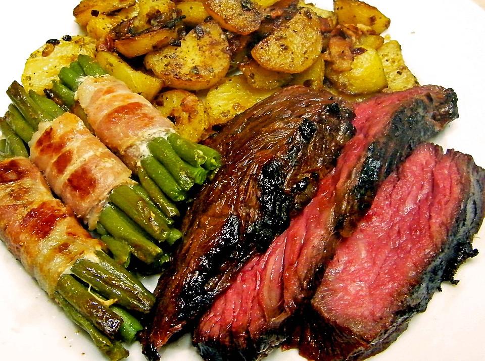 Rezepte Für Gasgrill Mit Haube : Flank steak vom grill von chefkoch video chefkoch.de