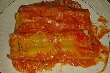 Cannelloni mit 4 Käse-Tomaten-Füllung