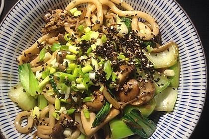 Japanische Nudeln mit Pilzen 2