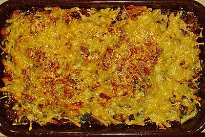 Makkaroni-Hackfleisch-Spinat Gratin mit Kräutern, Curry und Champignonköpfen