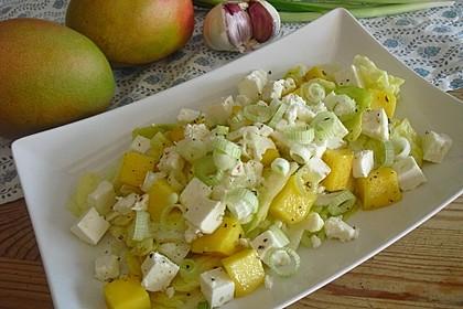Blattsalat mit Mango und Feta 6