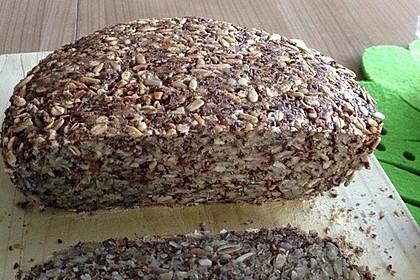 Brot mit Flohsamen 6