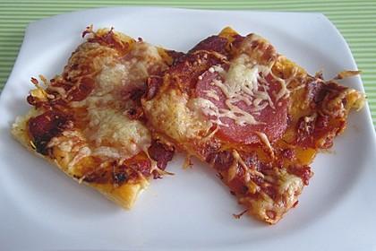 Blätterteig-Pizzastücke 1