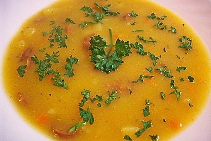 Kartoffelsuppe mit Erbsen und Mettwürstchen 45