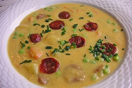 Kartoffelsuppe mit Erbsen und Mettwürstchen 10