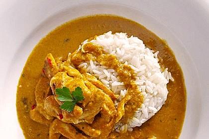 Hähnchencurry mit Reis (Bild)