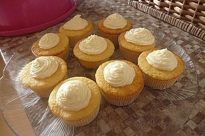 Rosenwasser-Cupcakes mit Mascarponefrosting