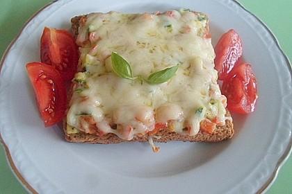 Zucchini-Paprika Baguettes 1