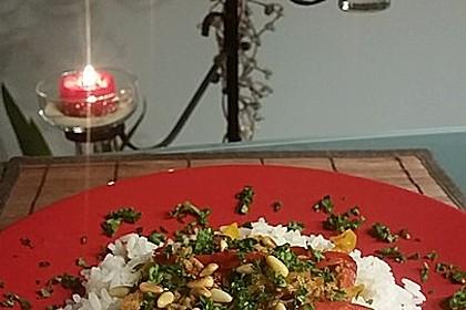 Orientalische Hackfleischpfanne mit Joghurtdip 32