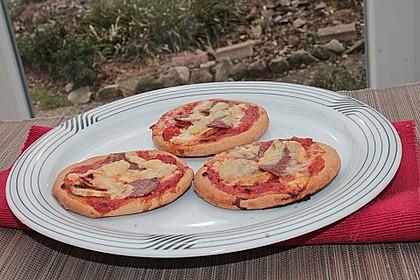 Mini-Salami-Pizzen 3