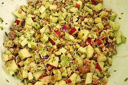Linsensprossen-Avocado-Apfel-Salat mit Ingwer-Dressing 3