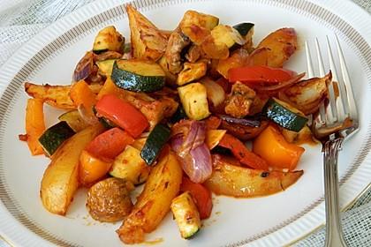 Mediterrane Kartoffel-Gemüsepfanne 4