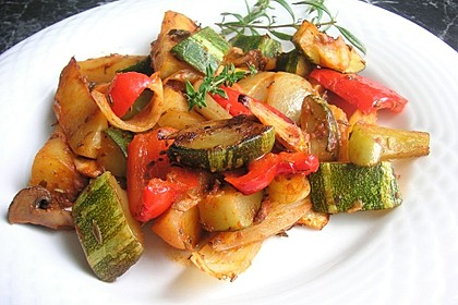 Mediterrane Kartoffel-Gemüsepfanne 6