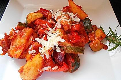 Mediterrane Kartoffel-Gemüsepfanne 8