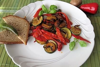 Gemüse-Pilzpfanne 3