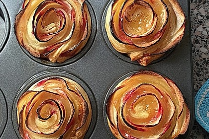 Apfel-Zimt-Rosen mit Blätterteig 21